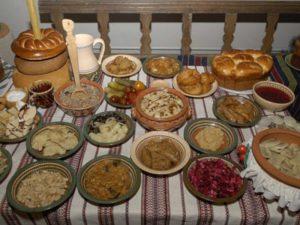 Праздничный стол в Закарпатье